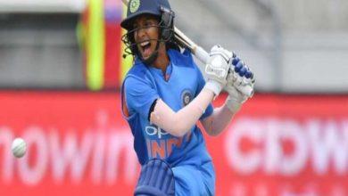 Photo of लॉकडाउन में महिला क्रिकेटर बनी रॉकस्टार, बीसीसीआई ने शेयर किया वीडियो
