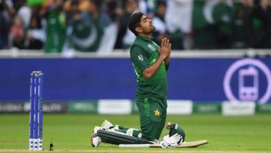 Photo of बगैर दर्शकों के खेलने पर छलका पाकिस्तान के नए कप्तान का दर्द