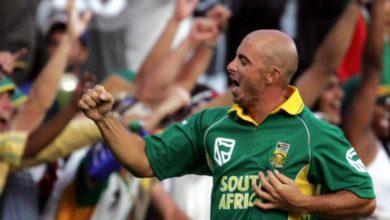 Photo of उस ड्रॉप कैच को हुए 21 साल पूरे, जिसके चलते दक्षिण-अफ्रीका विश्वकप से हुआ था बाहर