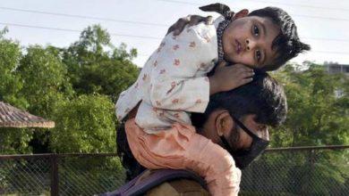 Photo of कोरोना काल में इस खिलाड़ी ने प्रवासियों को बांटे खाना और मास्क, बीसीसीआई ने वीडियो किया शेयर