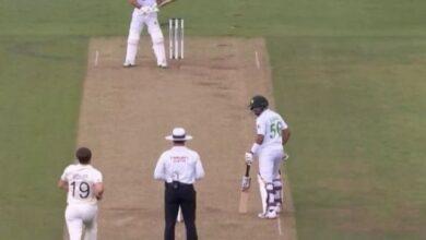 Photo of 11 साल बाद हुई क्रिकेट में वापसी लेकिन 11 मिनट भी नहीं टिक पाए फवाद आलम, ट्विटर पर हुई खिंचाई