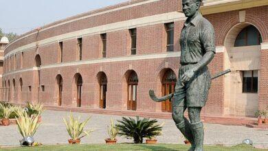 Photo of दिग्गज हॉकी खिलाड़ी मेजर ध्यानचंद की जयंती पर जानें उनसे जुड़े कुछ रोचक तथ्य
