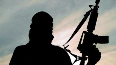 Photo of आतंकवादी की याद में खेला जा रहा था क्रिकेट मैच, 10 गिरफ्तार