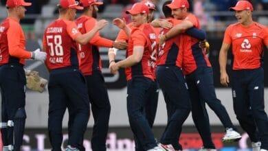 Photo of इंग्लैंड के इन खिलाड़ियों को नहीं मिलेगी आईपीएल खेलने की अनुमति
